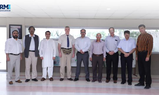 Russian Delegation visits RMI